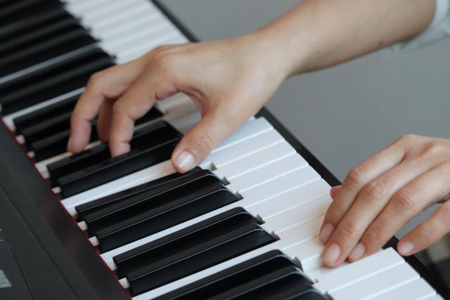 ピアニストのフォーカルジストニアの症例