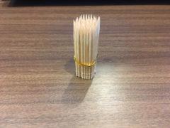 つまようじによるお手製の梅花鍼